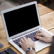 blogging-336376_1280 (1)