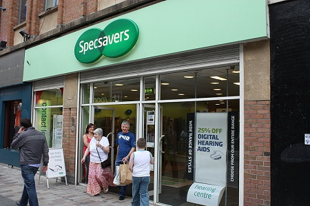 800px-Specsavers,_Belfast,_June_2010